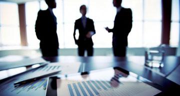 Chat between procurement and esourcing professionals