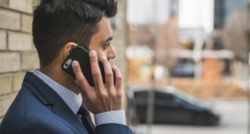 Phone call between procurement and esourcing professionals